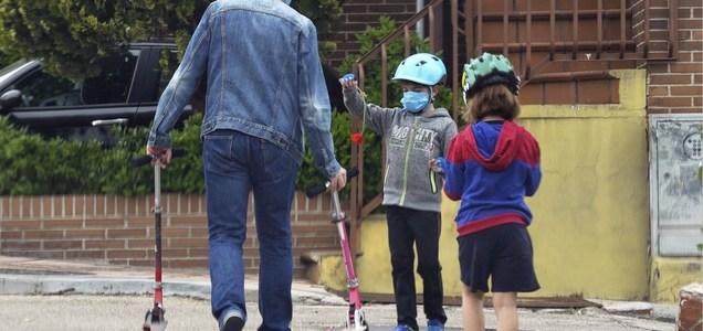 Los niños pueden tener anticuerpos de la Covid-19 y el virus en su sistema a la vez