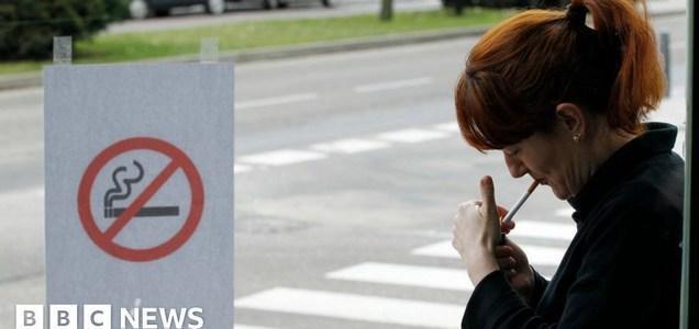 Spanish region bans smoking over Covid-19 risk