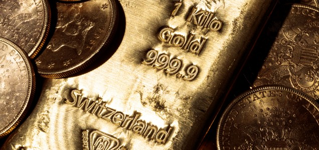 The gold rally could forge ahead to ,000, but analyst says two events could turn its fortunes