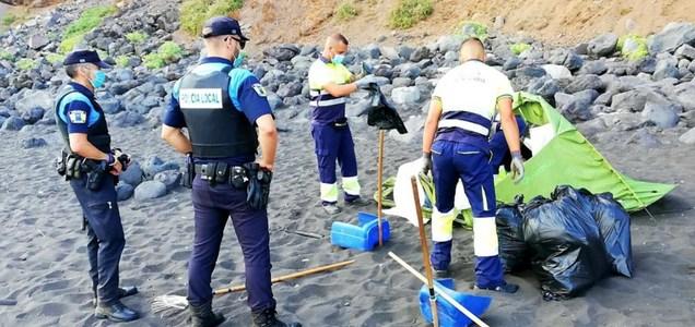"""Tenerife, organizzano un raduno """"per diffondere il coronavirus"""": sgomberata una spiaggia"""