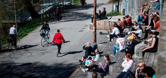 """""""Modello Svezia""""? Come ha fatto Stoccolma ad appiattire la curva dei contagi Covid"""