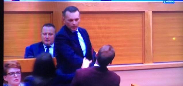 """Rezultat slika za upit """"lukač udario stanivukovića"""""""