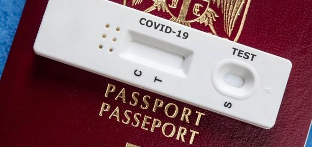 Passaporto di immunità per COVID: una pessima idea
