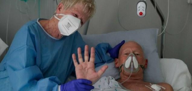Covid, cos'è la nebbia cognitiva: cervello coinvolto quanto i polmoni, colpito un malato su 3